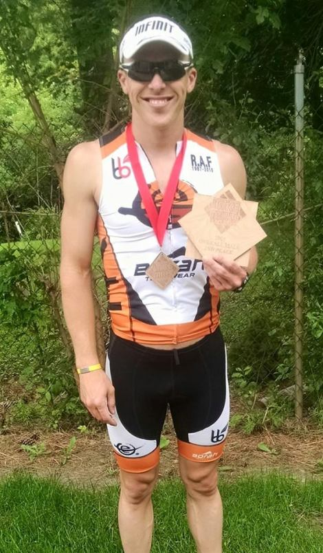 Lake Mills Triathlon - Eric Engel Finish